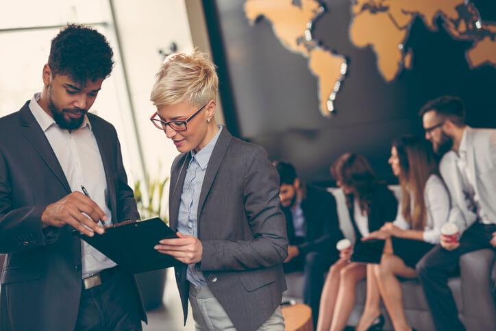 Guia Completo: como desenvolver uma estratégia de pós-vendas