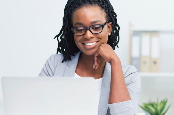 Como fazer um webinar? Passo a passo para criar o seu evento online